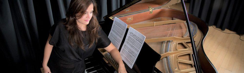 Almudena Herchiga piano PIANO (1)